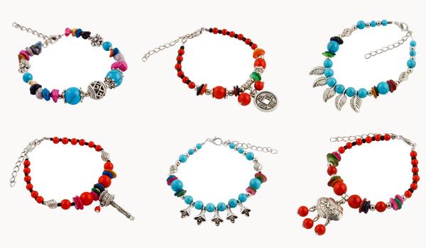 Wereldse Juwelen trakteert speciaal voor de feestdagen op een armband uit Tibet